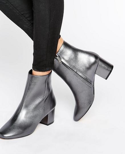 metallic_boots_silver
